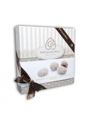 Bombones de Almendra María Biscuit Chocolate Vintage 120 g