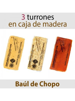Lote de 3 Turrones en Baúl de Madera