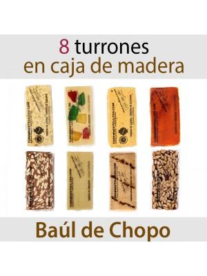 Lote de 8 Turrones en Baúl de Madera