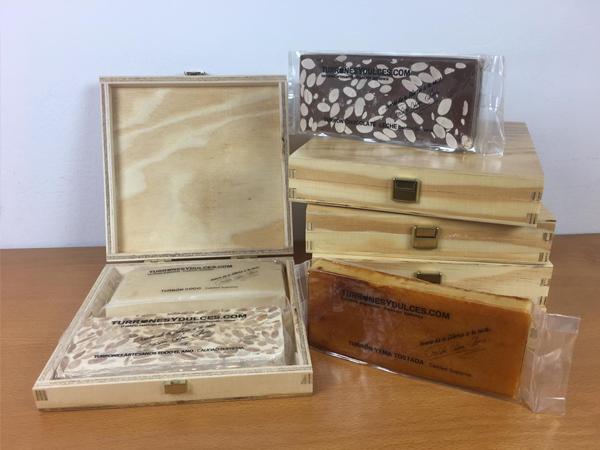 Caja de madera para 2 turrones formato estuche
