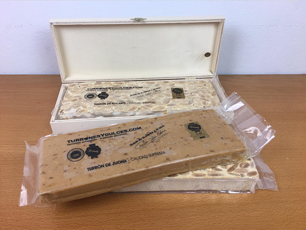 Caja de madera para 1 turrón de 500g